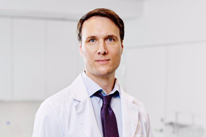 patrik-höijer-specialist-i-plastikkirurgi-överläkare-nordiska-kliniken