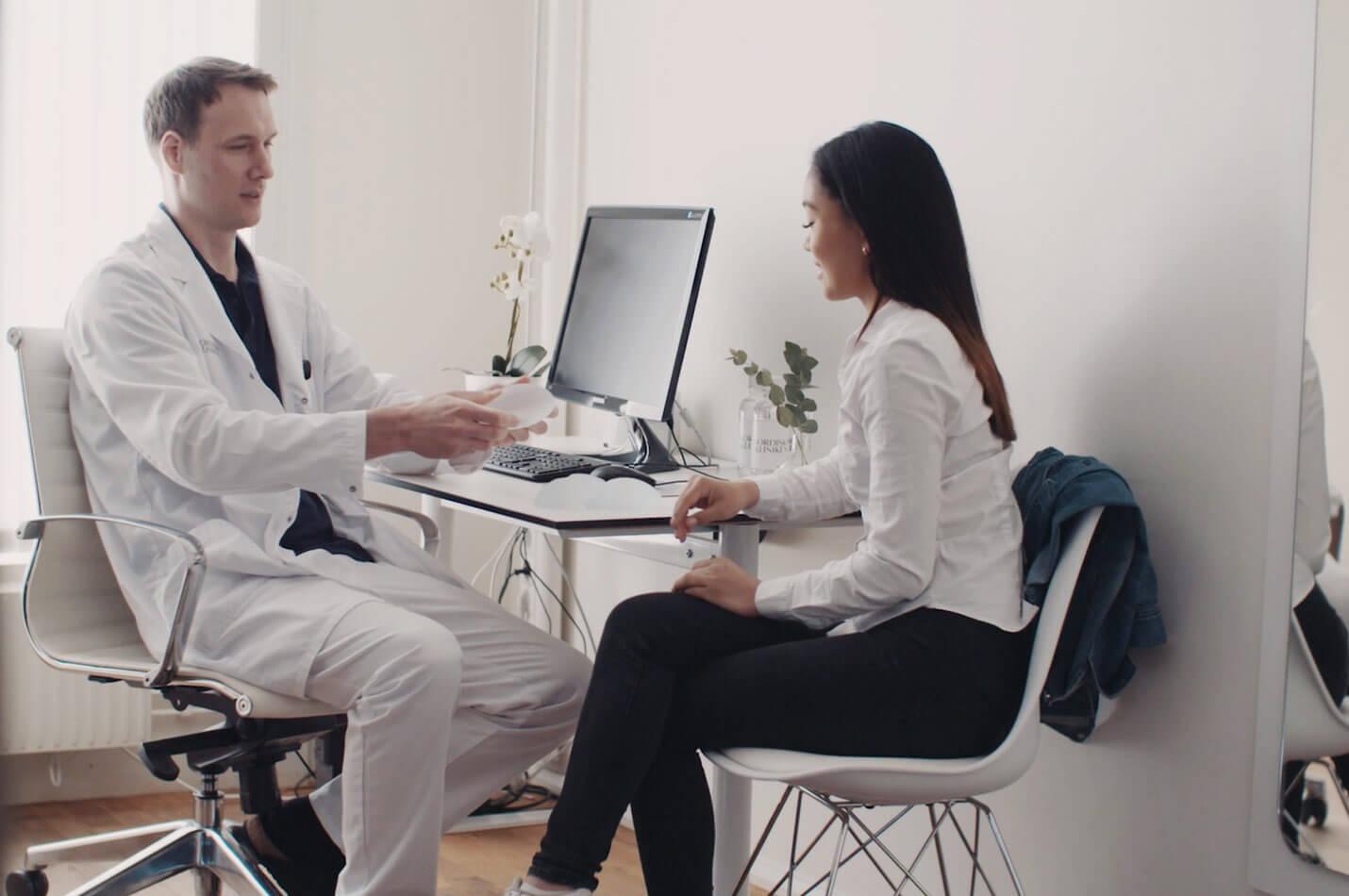 Patientberättelse om bröstförstoring på Nordiska Kliniken